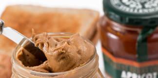 Jak zrobić masło orzechowe? - Przepis na domowe masło z orzechów